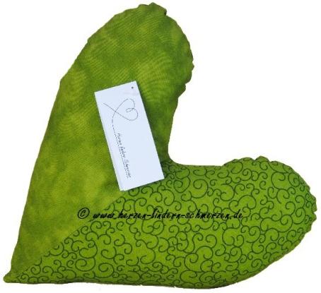 Herzkissen grün mit copyright V2